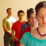 Jongeren in loopmeditatie